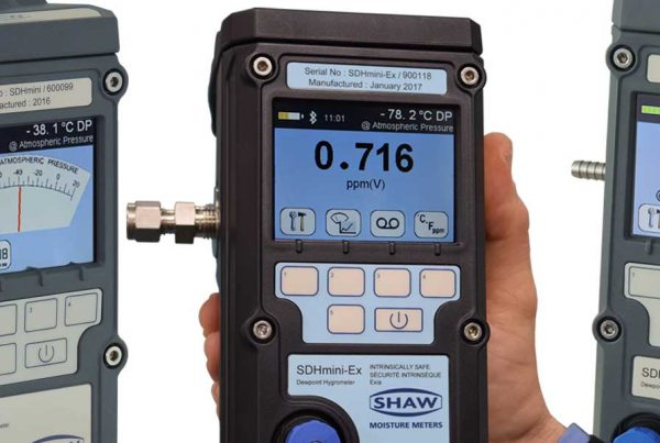 Shaw SDHmini range of portable hand held dewpoint meters for trace moisture measurement in gases and compressed air